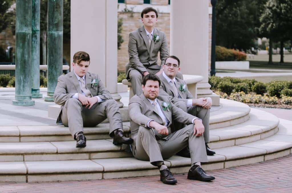 Sharpe Chapel, Tulsa University, pillars, groomsmen