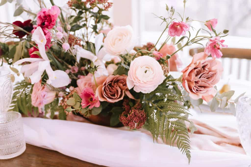 Oklahoma Wedding Florist, florist, floral, wedding design, boho, peonies, table setting, wedding photography, Broken Arrow photographers, Claremore florist, Bride, groom, bright and airy, outdoor, macrame, wedding rentals