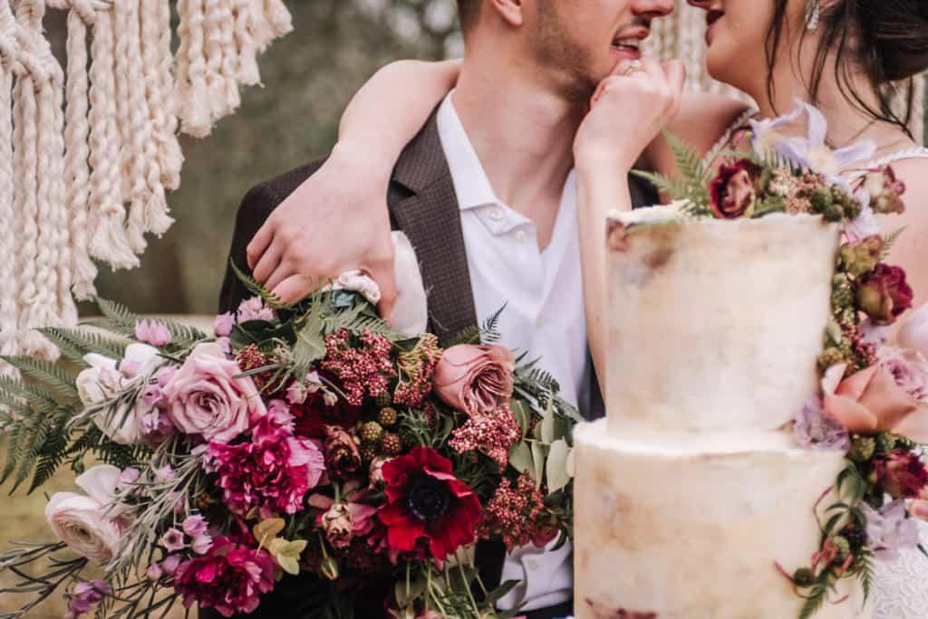 bride, cake, groom, wedding, florals, florist, bouquet, cake, details, boutonniere, venue, centerpiece