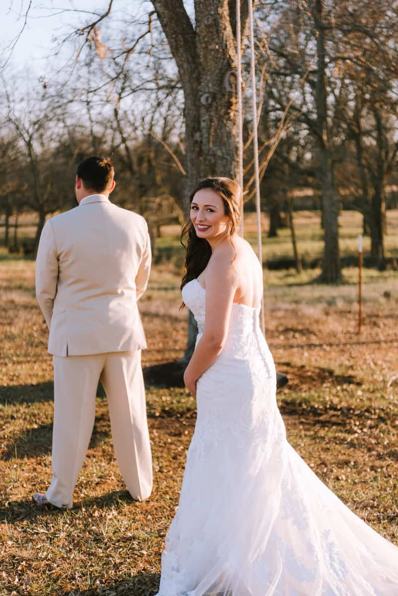 outdoor wedding, coweta, ricks place, first looks, bridal portraits, tulsa wedding photographers